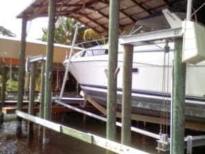 Boathouse Lifts - image Boat-Lift-U.S-6-300x225 on https://www.iqboatlifts.com