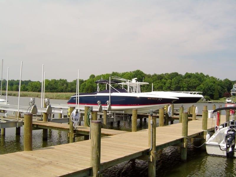 Vintage Boat Lift Styles - image DSC00718 on https://www.iqboatlifts.com