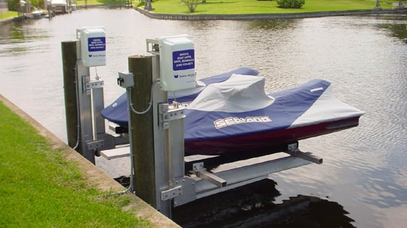 4500 Dual PWC Jet Ski Lift - image PWC-dual-5 on https://www.iqboatlifts.com