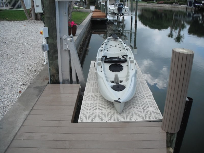 Current Boat Lift Styles - image V3-Pile-mount-Kayak on https://www.iqboatlifts.com