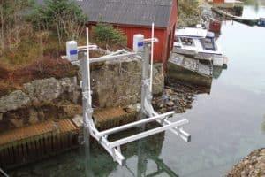 Image boat-lift-imm-300x200