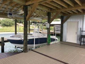 Boathouse Lifts Gallery - image Boathouse-suspension-bracket-2-300x225 on https://www.iqboatlifts.com