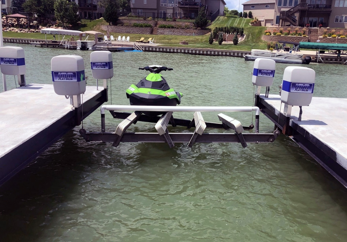 Beamless Boat Lift With Personal Water Craft