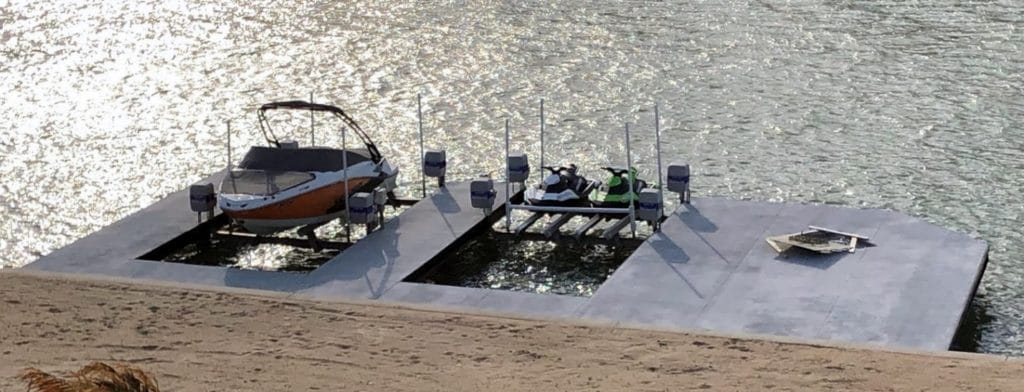 Quality Beamless Boat Lifts