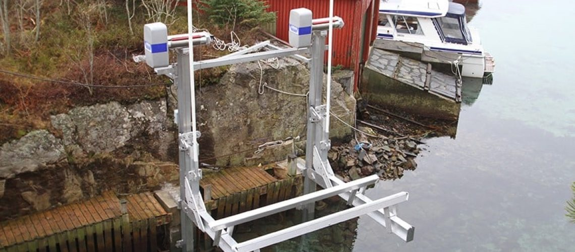 Factors That Affect Your Boat Lift Buying Decision | IMM